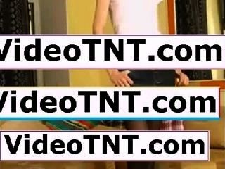 इस कट्टर शौकिया किशोरों के लिए समर्पित साइट वीडियो पर कमबख्त फिल्माया।