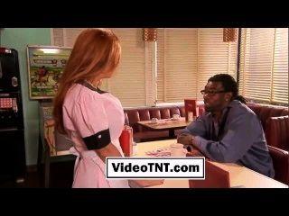 कामुक वेट्रेस काले सफेद अंतरजातीय मौखिक अभिनेता मोटा वेश्या सुंदर