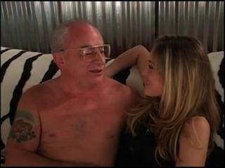 पुराने आदमी अद्भुत गोरा fucks