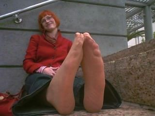 लाल मोज़ा