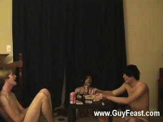 गर्म समलैंगिक दृश्य का पता लगाने और विलियम उनके ताजा पाल ऑस्टिन के साथ एक साथ मिलता है