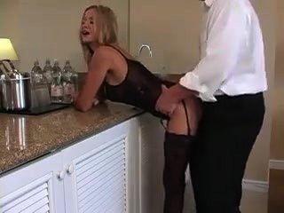 वेश्या एमआईएलए उसकी पड़ोसी परिपक्व आदमी द्वारा गड़बड़