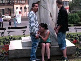 एक प्रसिद्ध प्रतिमा पार्ट 2 ने सार्वजनिक सड़क सेक्स नंगा नाच किशोर