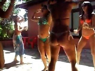 novinha danÇando दुर्गंध putaria na Frente दा सांचा वीडियो