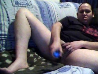बड़ी लड़की ऑनलाइन Masty शॉट दे रही है चैट