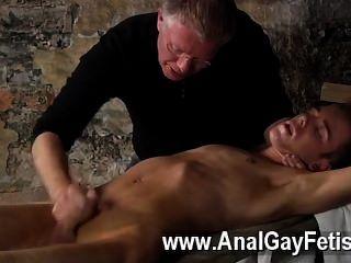 समलैंगिक वीडियो वहाँ एक बहुत सेबेस्टियन केन अपनी बंदी के लिए क्या करना भी आनंद मिलता है वह यह है कि