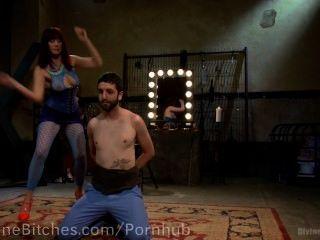 मुर्गा चूसना करने के लिए प्रशिक्षित Pussyboy