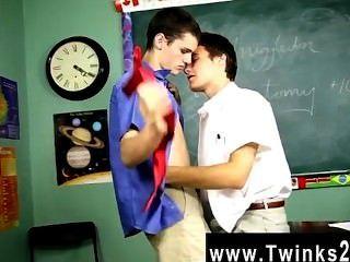 गर्म समलैंगिक यौन संबंध Krys पेरेस इस अविश्वसनीय में एक अनुशासनात्मक प्रोफेसर