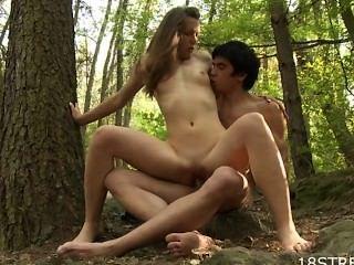 जंगल में कामी सेक्स