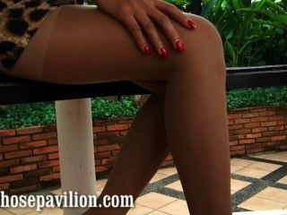 गर्म थाईलैंड मॉडल xanny द्वारा सेक्सी nonnude pantyhose पैर तंग पूर्वावलोकन