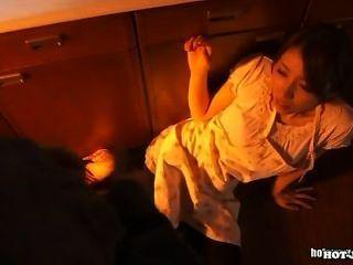 जापानी लड़कियों school.avi पर गर्म पत्नी पर हमला