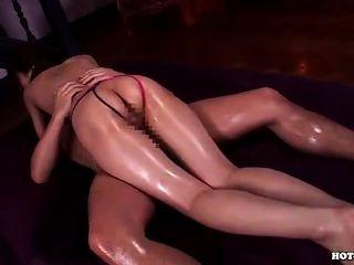 जापानी लड़कियों hotel.avi में सेक्सी cowgirl हमला