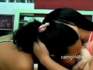 वेबकैम पर बीबीडब्ल्यू बड़े स्तन के साथ समलैंगिक