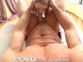 POVD गोरा w / बड़े स्तन विशाल मुर्गा लेता है