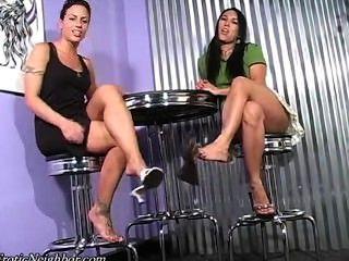 Lexi Lapetina और कैली एलेक्सिस झूलने सैंडल जॉय